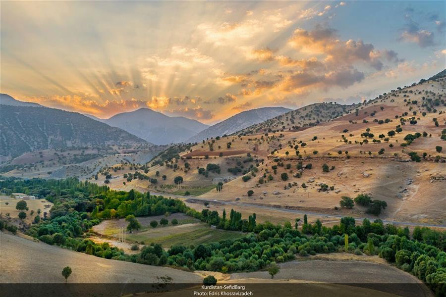 هنر عکاسی عکاسی لنداسکیپ منظره Edris Khosravizadeh غروب طلایی در دره بهشت