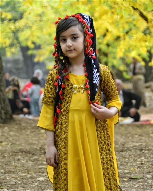هنر عکاسی عکاسی فرهنگ ایرانی عادل عبدالهی لباس زیبای دختر کورد