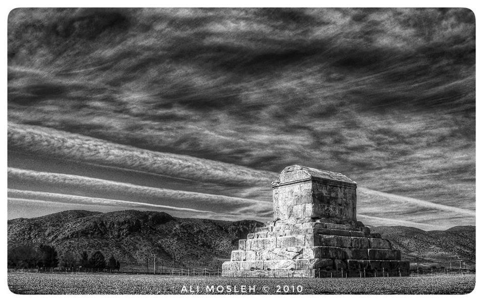 هنر عکاسی عکاسی فرهنگ ایرانی علی مصلح ابرها سخن میگویند