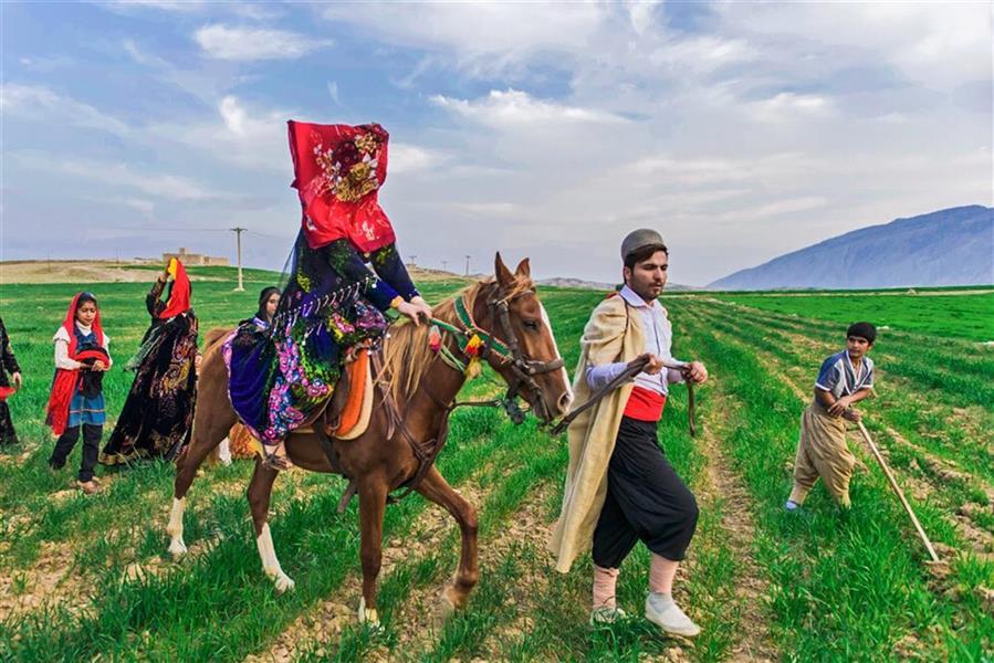 هنر عکاسی عکاسی فرهنگ ایرانی داود ایزدپناه عروس برون
