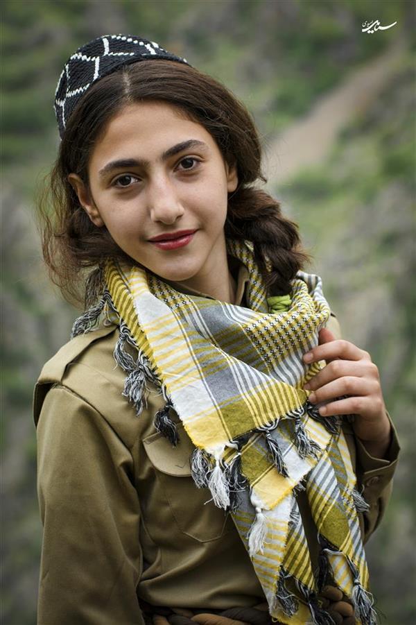 هنر عکاسی عکاسی فرهنگ ایرانی سیامک امیدی از مجموعه دختران اورامان